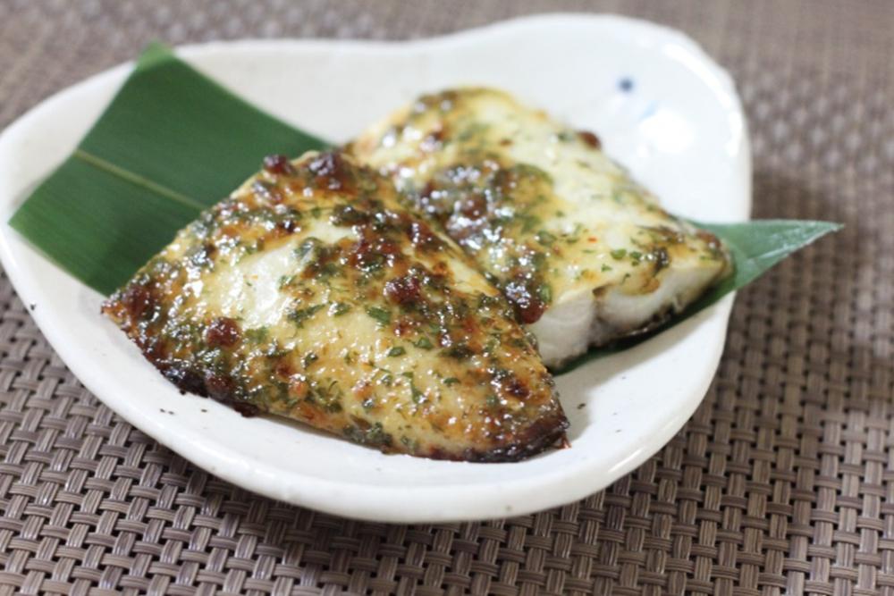 旬の魚で大葉みそレシピ!みそが香ばしい鯖の大葉みそマヨ焼き
