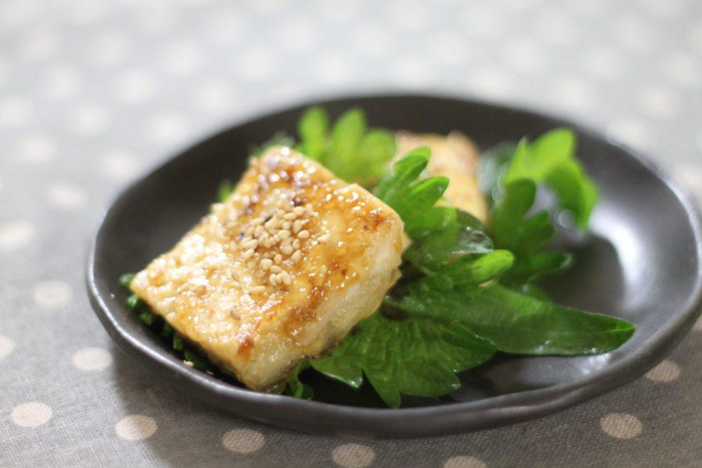 手早く簡単大葉レシピ!大葉と豆腐のスタミナ照り焼き