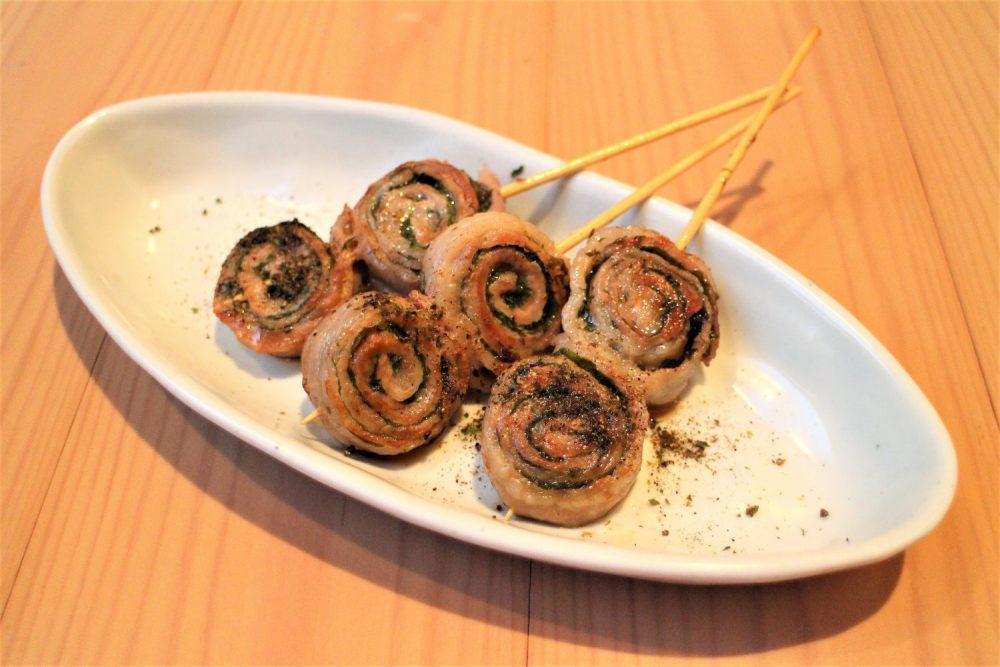 大葉と豚肉のロール串焼き