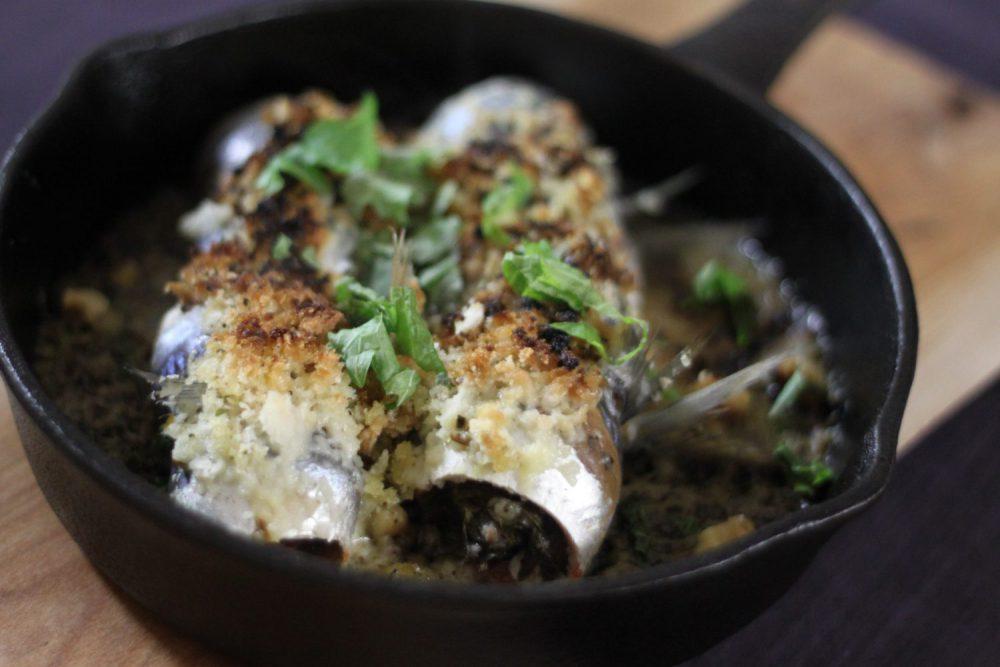 カリッと香ばしいおつまみ大葉レシピ!大葉とイワシのパン粉焼き