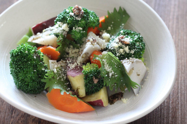 大葉ドレッシングとアンチョビの根菜の大葉サラダレシピ