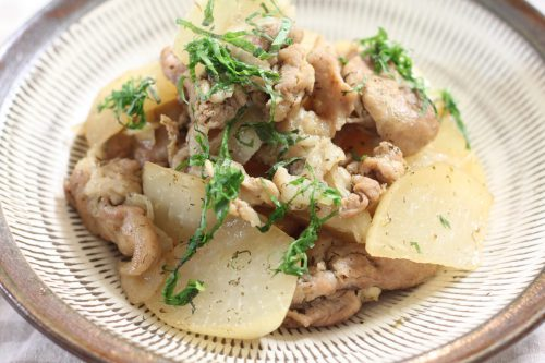 コクがあるのにさっぱり大葉レシピ!豚肉と大根の大葉ドレッシング煮