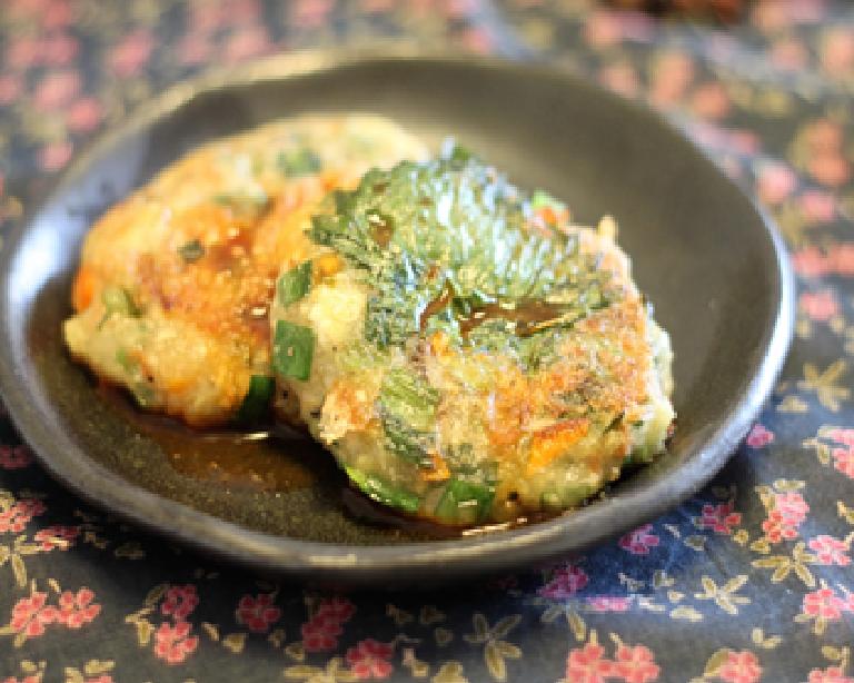 ふわっとおいしい 大葉(青じそ)と桜エビの豆腐チヂミのレシピ!