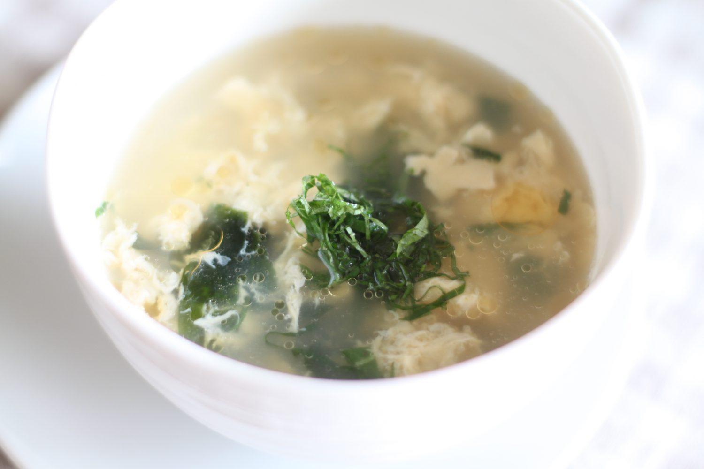 朝ごはんにもう一品の大葉レシピ!青しそ香るかき玉スープ
