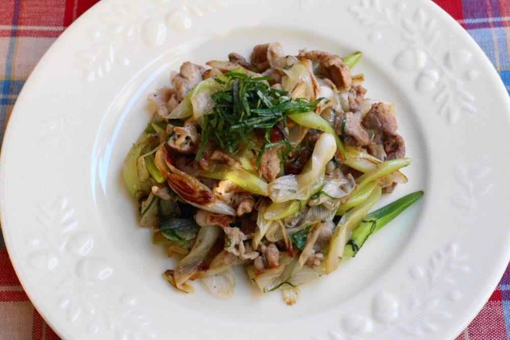 食欲増進大葉塩ダレレシピ!豚肉と長ネギの大葉炒め