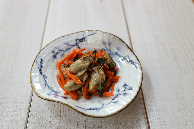 牡蠣とにんじんの大葉炒め 大葉レシピ