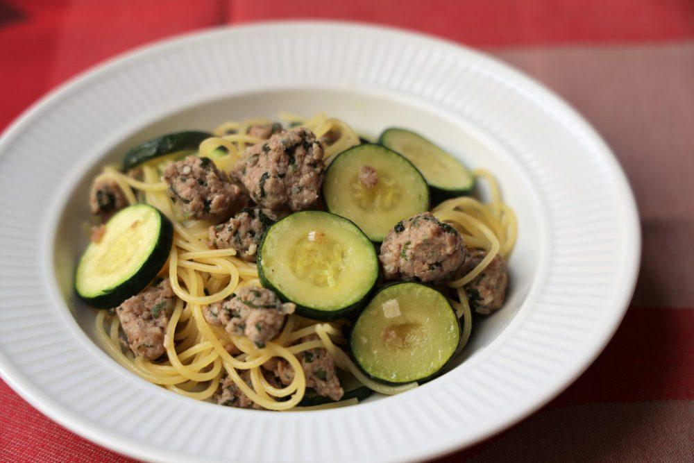 大葉サルシッチャとズッキーニのパスタ 大葉レシピ