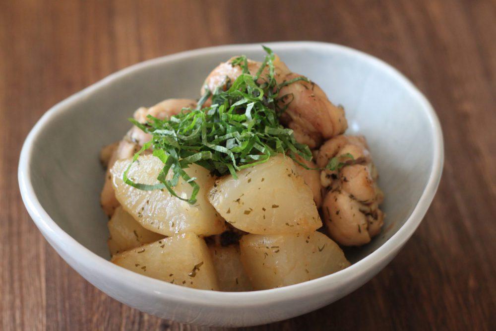 骨付き鶏肉と大根の照り煮 大葉レシピ